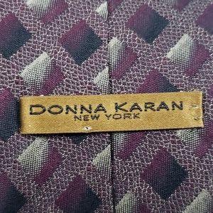 Donna Karan New York Designer Men's  Silk Tie